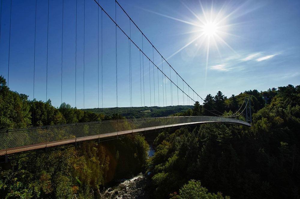Pont-suspendu-1000